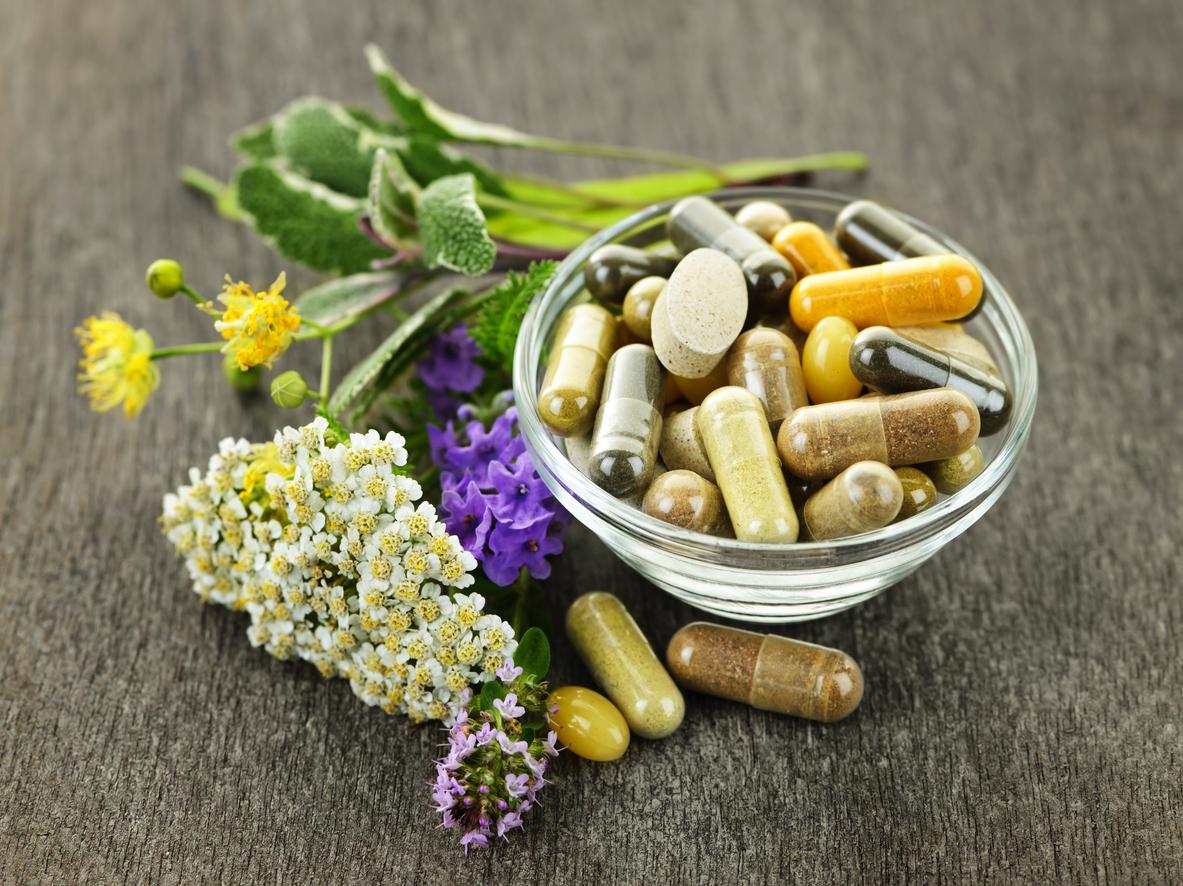 Pozyskiwanie substancji roślinnych do naturalnych suplementów diety